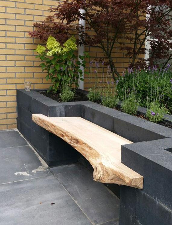 coole gartenbank idee mit hochbeet aus betonsteinen