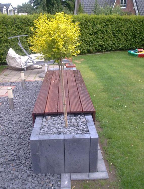 einfache bastelidee für diy gartenbank als hochbeet aus betonsteinen und kies