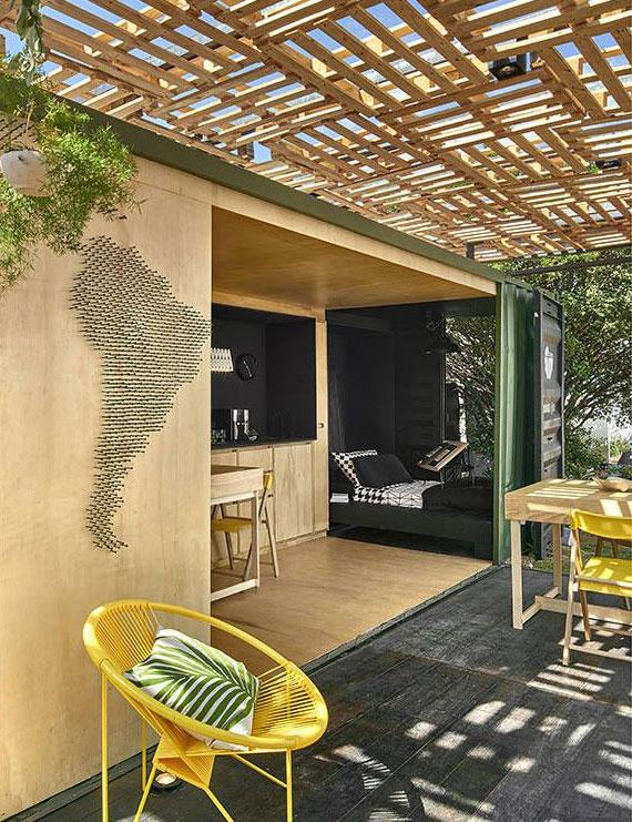 idee für kleines Gartenhaus mit diy Überdachung aus Europaletten