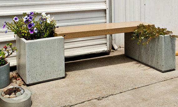 coole bastelidee für gartendeko mit einer sitzbank aus betonkasten