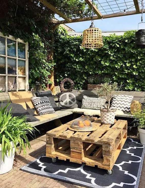 rustikale und mobile gartenmöbel aus paletten bauen und die terrasse einladend einrichten