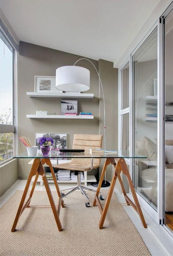 angenehme Arbeitsatmosphäre im Heimbüro schaffen durch helle farben und richtige büromöbel